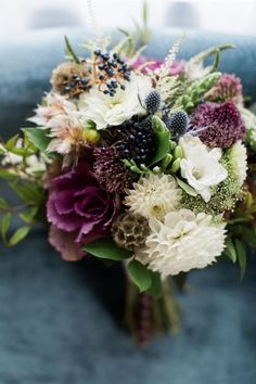 Wedding Bouquets :     Picture    Description  Modern fall colored wedding bouquet: Photography: Dabble Me This – www.dabblemethis.com   Read More on SMP: www.stylemepretty…    - #Bouquets https://weddinglande.com/accessories/bouquets/wedding-bouquets-modern-fall-colored-wedding-bouquet-photography-dabble-me-this-www-dabblemet/