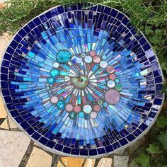 Wow, what a summer we are having! It is hot, hot, hot! I made more bird baths to take to the Bishops Palace Garden Festival this year and some more Kingfishers and some Swallows and some Goldfinche… Mosaic Birdbath, Mosaic Garden Art, Mosaic Tile Art, Mosaic Birds, Mosaic Artwork, Mosaic Glass, Blue Mosaic, Fused Glass, Mosaic Art Projects