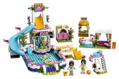 41313 Heartlake Freibad von LEGO Friends An heißen Sommertagen ist es nirgendwo angenehmer als im Heartlake Freibad. Denn dort gibt es eine tolle Rutsche, eine Bar am Beckenrand, zu der du schwimmen kannst, einen Whirlpool, eine Liege, eine Dusche, einen Hochstuhl für den Bademeister und eine Umkleide.