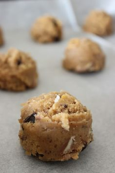 CHOCOLATE CHIPS COOKIES (butter, chocolate)