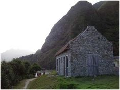 Chavayan Heritage House in Batanes The Places Youll Go, Places To Visit, Batanes, Mindanao, Stone Houses, Future Travel, Beach Trip, Travel Guide, Philippines