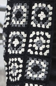 Womans Crochet and Knitted Cardigan Novita 7 Veljestä (7 Brothers)  ce7a03b216