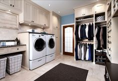 Laundry Room Mudroom Design. Great combination of laundry room and mudroom design. #LaundryRoom #Mudroom