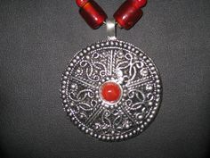 Tribalesque Beaded/Chain Necklace by BerrysBaubles on Etsy, $15.00