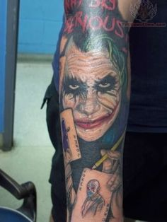 Amazing Tattoos | Amazing Joker Tattoo My son has issues with clowns.I was a good clown for deaf kids.I taught sign but as a child.maybe I scared him.jumped off 75' cliffs too pregnant and he is hanging 200 high right now at Dow chemical.. Life is a funny .strange thing .. <3 \o/