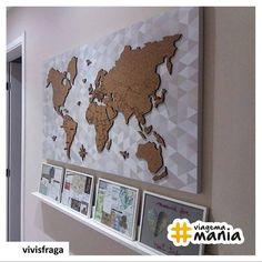 World Map | A @vivisfraga aplicou o Mural de Cortiça Mapa-múndi em uma base super moderna e usou para decorar o corredor. Ficou show! Que fazer um quadro parecido com a cortiça mapa-múndi? Acesse www.viagema.com.br/mapas