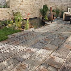 Beton Holzoptik Selber Machen bahnschwellen holzoptik sind aber aus beton als terrasse