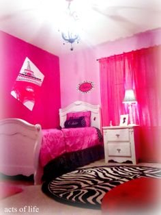 Hot Pink And Turquoise Bedroom | Hot pink Bedroom! My daughters bedroom project
