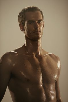 Andy Murray - 2013 Wimbledon Champion - gets hot and sweaty in Bikram Yoga to train!