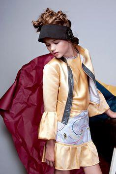 Nadja Pollack Photography for Isossy Children Summer 2017 campaign Kids Fashion, Victorian, Children, Campaign, Photography, Collection, Dresses, Summer, Young Children