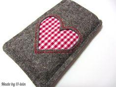 Handytaschen - Handytasche aus Filz mit rot kariertem Herz - ein Designerstück von 11-lein bei DaWanda
