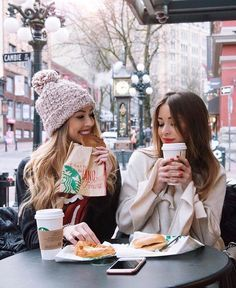 Cute Friend Pictures, Best Friend Pictures, Cute Photos, Best Friends Shoot, Cute Friends, Tumblr Bff, Best Friend Photography, Coffee Girl, Shooting Photo