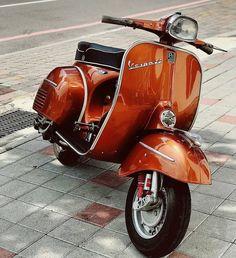"The Vespa is a line of scooters patented on April 1946 by the company Piaggio & Co, S. The name Vespa, which means ""wasp"" in Italian, was chosen by Enrico Piaggio. Vespa Px 200, Vespa Pk 50 Xl, Vespa Gts 300, Vespa Sprint, Piaggio Vespa, Vespa Ape, Lambretta, Vintage Vespa, Motos Vintage"