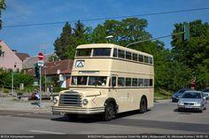 Doppeldecker vom Typ DO54 Berlin Ost