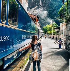 Airport Transfer Services to Train Station Machu Picchu Mountain, Huayna Picchu, Inca, Travel Abroad, The Good Place, Cool Photos, Around The Worlds, Tours, Travel