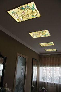 """Витражные потолочные плафоны """"Легкие аканты"""". Стекло, фольга, латунь.  Stained ceiling diffusers. Glass, foil, brass. Продолжая играться на тему акантов, получили легкую и воздушную картинку."""