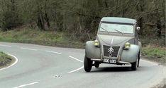 CARS Tour Auto : le défi des 70 ans de la Citroën 2CV https://lesvoitures.fr/tour-auto-le-defi-des-70-ans-de-la-citroen-2cv/ #Citroën2CV, #TourAuto, #TourAuto2018
