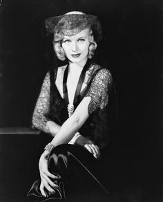 Old Hollywood Stars, Vintage Hollywood, Classic Hollywood, Sister Day, Fred And Ginger, Ginger Rogers, Old Movies, Actors & Actresses, The Past