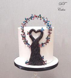 Cakes Against Violence collab by Djamila Tahar (DT Cakes)