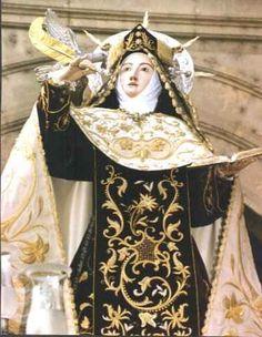 """""""...Todo se pasa, Dios no se muda"""" Sta. Teresa"""