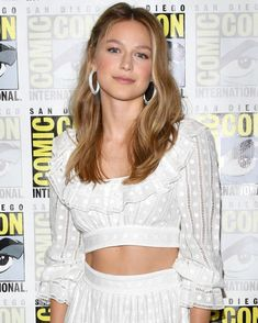 Looking for Melissa Benoist's hottest photos? We've got the best collection of Supergirl Melissa Benoist sexy pictures here for you to see. Melissa Benoist Hot, Melisa Benoist, Melissa Marie Benoist, Supergirl Superman, Supergirl 2015, Batgirl, Melissa Supergirl, Chris Wood, Comic Con Cosplay