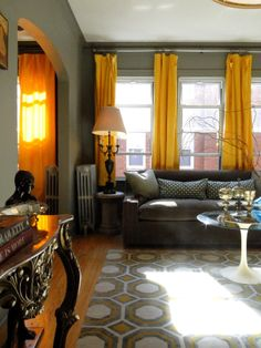 The Look for Less: Tim's Chicago Living Room on a Budget