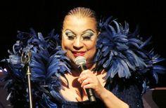 Luiz Gonzaga ganha homenagem em show comandado por Maria Alcina