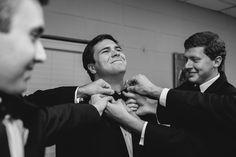 bow tie assistance | Paige Reaux #wedding