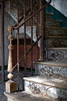 beautiful vintage stairs ... would be very cool to repurpose in my 'someday' barn house!