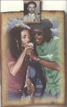 **Bob Marley** & Peter Tosh, Starlight Bowl, Burbank, Los Angeles,CA,USA,July 22,1978. For listening: https://www.youtube.com/watch?v=YZxFEQLxFpE. It's for the very last time that both perform together.Story behind the picture: http://midnightraverblog.com/2012/02/marley-and-tosh-reunite-to-burn-down-burbank/ More fantastic pictures, music and videos of *The Wailing Wailers/The Wailers→'74/Bob Marley&The Wailers & Robert Nesta Bob Marley* on: https://de.pinterest.com/ReggaeHeart/ ©Michael…