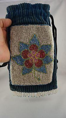 Beautiful-Early-1900-30s-Native-American-Yakama-Nez-Perce-Beaded-Purse-Bag