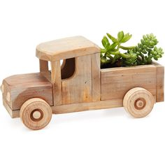 Heather Auchter Rustic Truck Succulent Planter Kit (6.625 RUB) ❤ liked on Polyvore featuring fillers, plants, home, decor and flowers