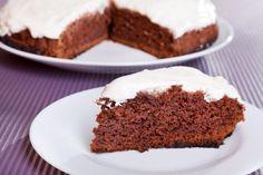 Čokoládová torta so šľahačkou
