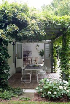 Fascinating Small Backyard Landscape Designs To Your Garden 83 Small Balcony Garden, Balcony Ideas, Patio Ideas, Fireplace Kits, Small Backyard Landscaping, Landscaping Design, Garden Buildings, Outdoor Gardens, Home And Garden