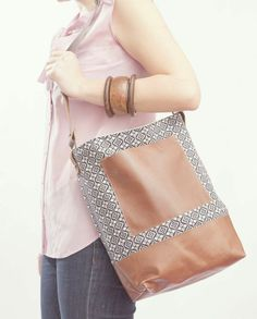 The Brooklyn Bag {I don't love the pattern, but DO love the interplay between patterned and solid pieces}