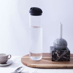 1.2 L Breeze Carafe by PURESIGNS designed in Germany #MONOQI