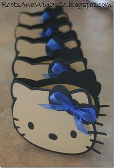 Hello Kitty invitations... but i would do pink bows
