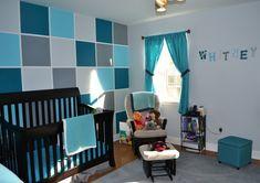 déco chambre bébé: mur à carreax bleu turquoise, bleu pétrole et gris