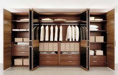 armoire de rangement avec tiroirs et cintres