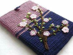 Keira's Crochet no Flipboard Crochet Ipad Cover, Crochet Laptop Case, Crochet Wallet, Crochet Pouch, Crochet Purses, Crochet Books, Tapestry Crochet, Love Crochet, Crochet Flowers