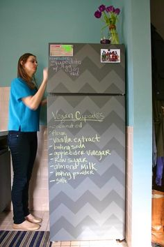 Chalkboard paint an ugly fridge, i love the chevron design Chalkboard Fridge, Diy Chalkboard, Blackboard Paint, Chalkboard Drawings, Chalkboard Lettering, Ugly Fridge, Beer Fridge, Deco Dyi, Ok Design