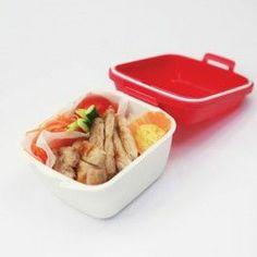 Deli Lunch Box es una fiambrera simple y relajada para llevar su comida para cualquier lugar.