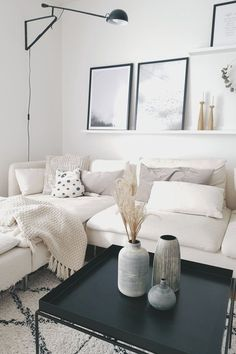 Apartment decorating living room modern pictures 63 ideas for 2019 Home Living Room, Interior Design Living Room, Living Room Designs, Living Room Decor, Interior Livingroom, Style Deco, Living Room Pictures, Small Living Rooms, Cream Living Rooms