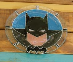 Plato Batman Vitrofusión - Fused glass - Fusing Medida: 24 cm  Espesor: 6 mm