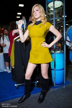 All sizes | San Diego Comic Con 2014 Lady Fett Star Trek | Flickr - Photo Sharing!