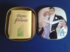 VINTAGE HENO DE PRAVIA SOAP TIN BOX GAL PERFUMERY SPAIN. Disponible en Ebay: http://www.ebay.es/itm/VINTAGE-HENO-DE-PRAVIA-SOAP-TIN-BOX-GAL-PERFUMERY-SPAIN-/122062618817?