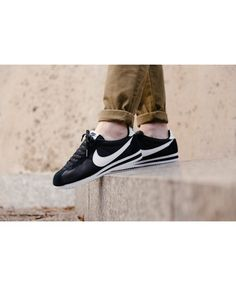 online retailer 7f94a 43bf0 Homme Nike Cortez Classic Noir Blanc