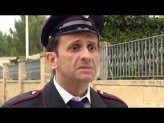 Barzelletta su i Carabinieri con Uccio De Santis - L'esame di letteratura