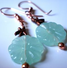 #Pale Green Copper Dragonfly... Mint Green Dress, Green Copper, Copper Jewelry, Pearl Earrings, Pearls, Unique, Design, Pearl Studs, Beads