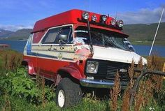 Gm Trucks, Chevy Trucks, Chevy Pickups, Lifted Trucks, Vintage Caravans, Caravan Vintage, Lifted Van, Gmc Vans, Off Road Camping